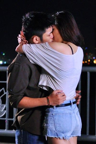 Huỳnh Bích Phương mất 20 lần quay cho một cảnh hôn